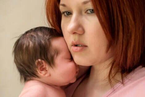 産後不安症 母親